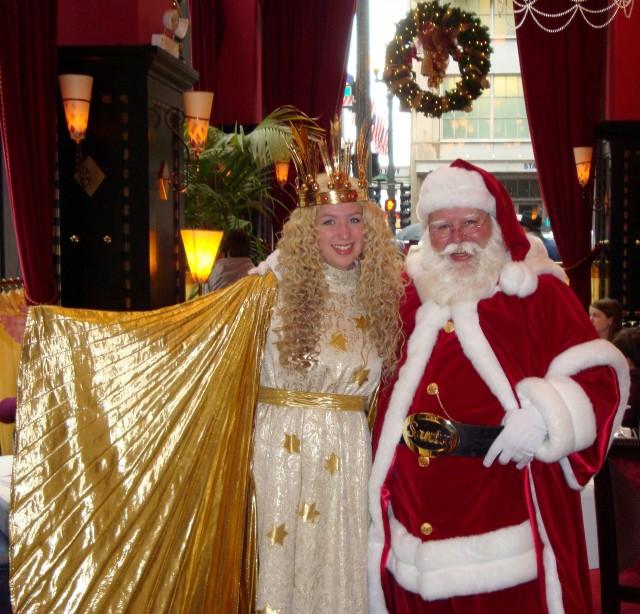 Christkind-Santa-Christmas-Market-Chicago